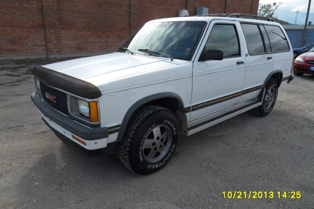Gmc Of Chadron >> 1994 Gmc Jimmy SLE 4-Door 4WD For Sale In Chadron Chadron Whitney Paris Fisher Auto Sales Inc.