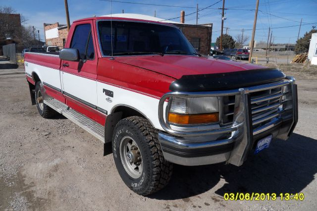 1994 ford f 250 xl hd reg cab 4wd for sale in chadron chadron whitney paris fisher auto sales inc. Black Bedroom Furniture Sets. Home Design Ideas