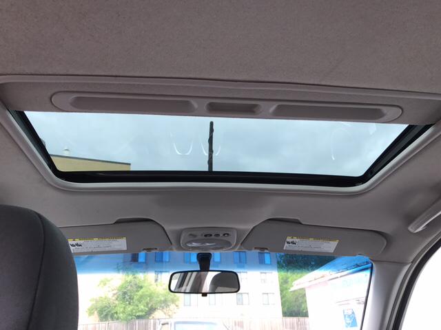 2009 Chevrolet Aveo Aveo5 LT 4dr Hatchback - Charles Town WV