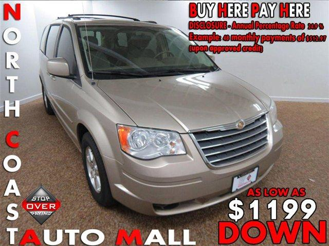 2008 Chrysler Town and Country for sale in Bedford OH
