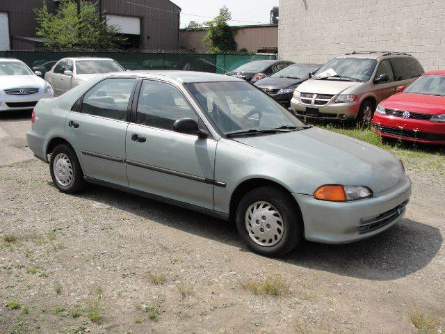Used 1993 honda civic lx 4dr in cleveland oh at empire for Empire motors auto sales