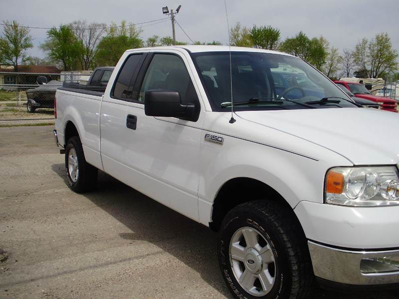 2004 Ford F-150 4dr SuperCab XLT 4WD Styleside 6.5 ft. SB - Kaiser MO