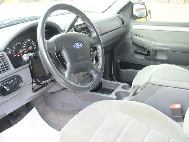 2004 Ford Explorer 4dr XLT 4WD SUV - Kaiser MO