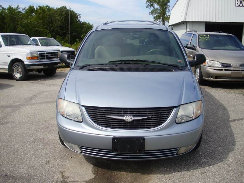 2003 Chrysler Town and Country Limited 4dr Extended Mini-Van - Kaiser MO