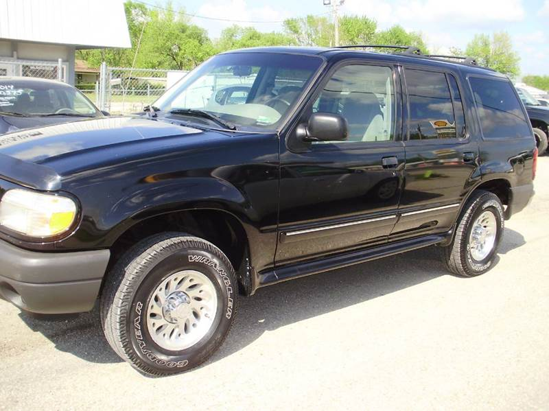 2000 Ford Explorer XLS 4dr SUV - Kaiser MO