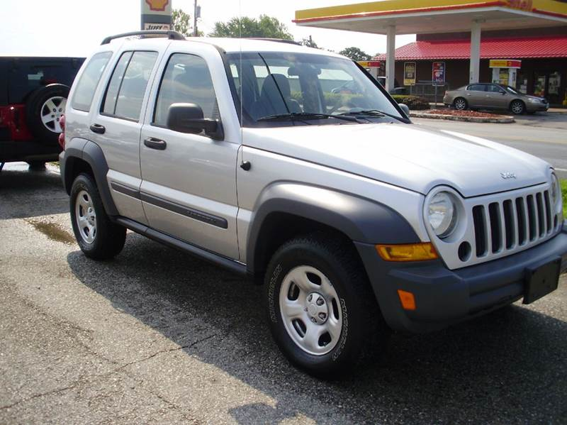 2005 Jeep Liberty Sport 4WD 4dr SUV - Kaiser MO
