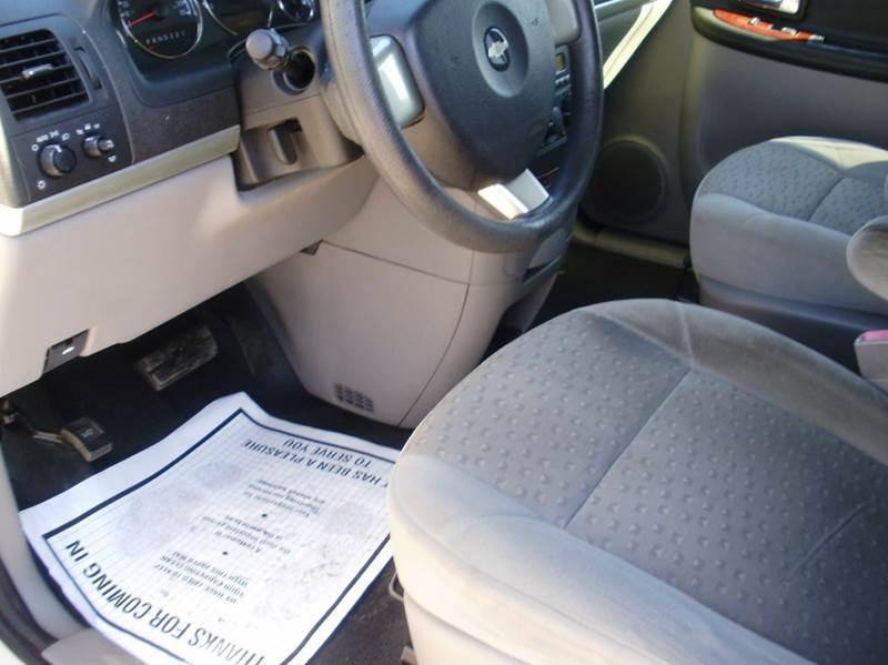 2006 Chevrolet Uplander 4dr Extended Cargo Mini-Van - Kaiser MO