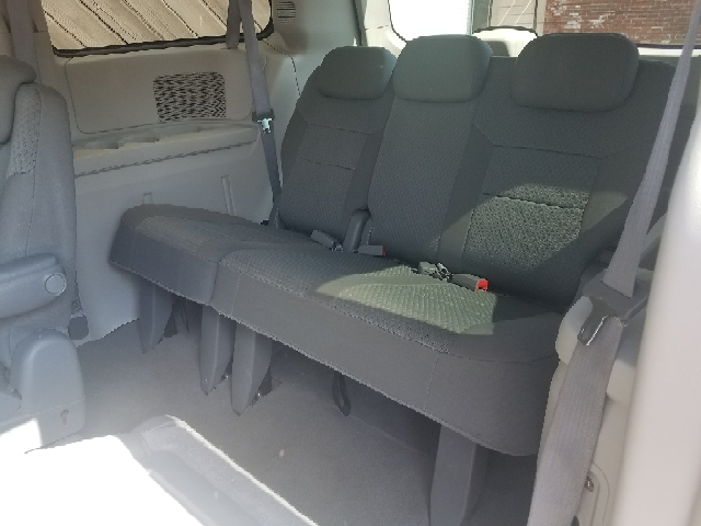 2010 Chrysler Town and Country LX 4dr Mini-Van - Fort Wayne IN