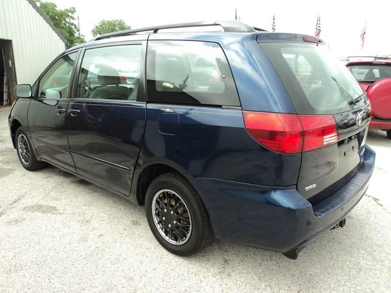 2005 Toyota Sienna LE 7-Passenger 4dr Mini-Van - Houston TX