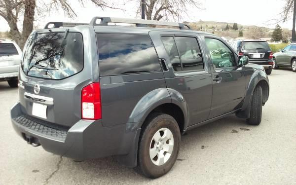 2011 Nissan Pathfinder SV 4x4 4dr SUV - Livingston MT