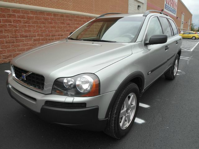 2005 volvo xc90 2 5t awd 4dr suv for sale in carmel arcadia brownsburg automax auto sales. Black Bedroom Furniture Sets. Home Design Ideas