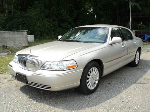 2005 Lincoln Town Car for sale in Port Henry, NY