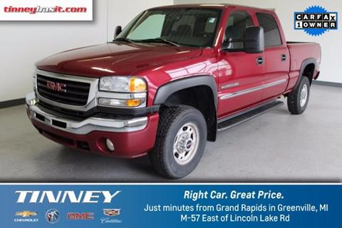 2006 GMC Sierra 2500HD for sale in Greenville MI