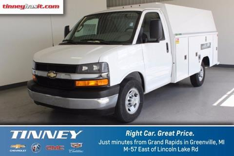 2017 Chevrolet Express Cutaway for sale in Greenville MI