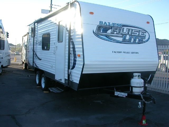 2014 SALEM-CRUISE LITE T18 BH sold