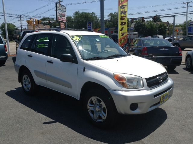 2005 toyota rav4 awd 4dr suv in abington ma crown auto sales. Black Bedroom Furniture Sets. Home Design Ideas