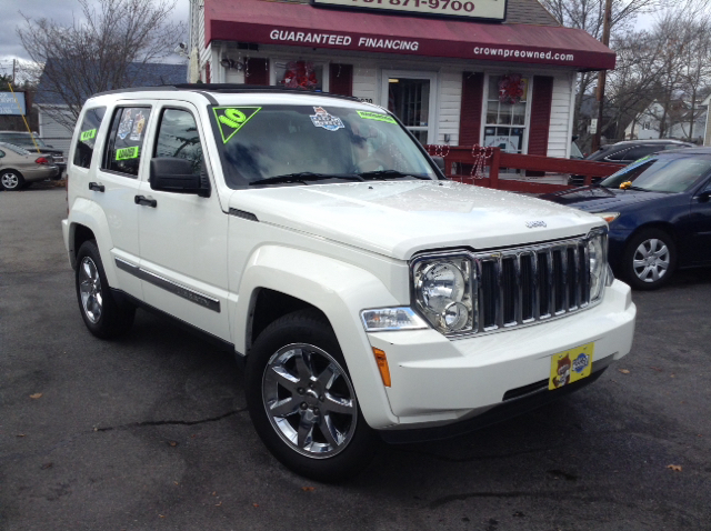 2010 jeep liberty limited 4x4 4dr suv in abington ma crown auto sales. Black Bedroom Furniture Sets. Home Design Ideas
