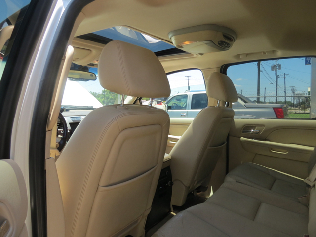 2007 Cadillac Escalade EXT Base AWD 4dr Crew Cab SB - Dallas TX