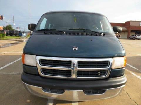 2000 Dodge Ram Van for sale in Houston, TX