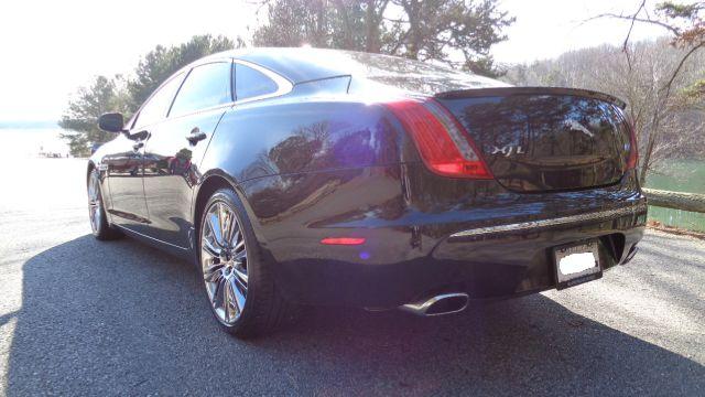 2012 jaguar xjl supercharged 4dr sedan black sedan v8. Black Bedroom Furniture Sets. Home Design Ideas