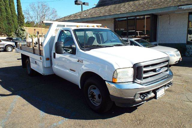 2004 FORD F-350 XL  12 FOOT FLAT BED white turbo diesel 12 foot flat  bed with under boxs 1521