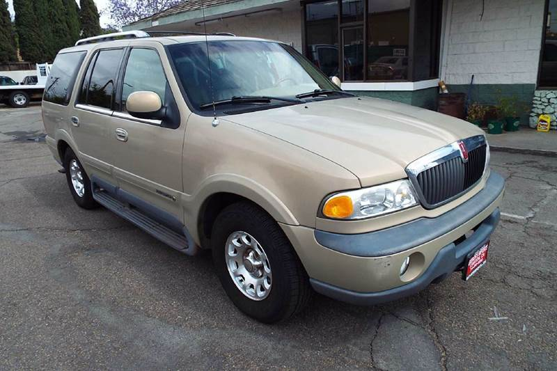 1999 LINCOLN NAVIGATOR BASE 4DR SUV pearl abs - 4-wheel adjustable pedals - power air suspensio