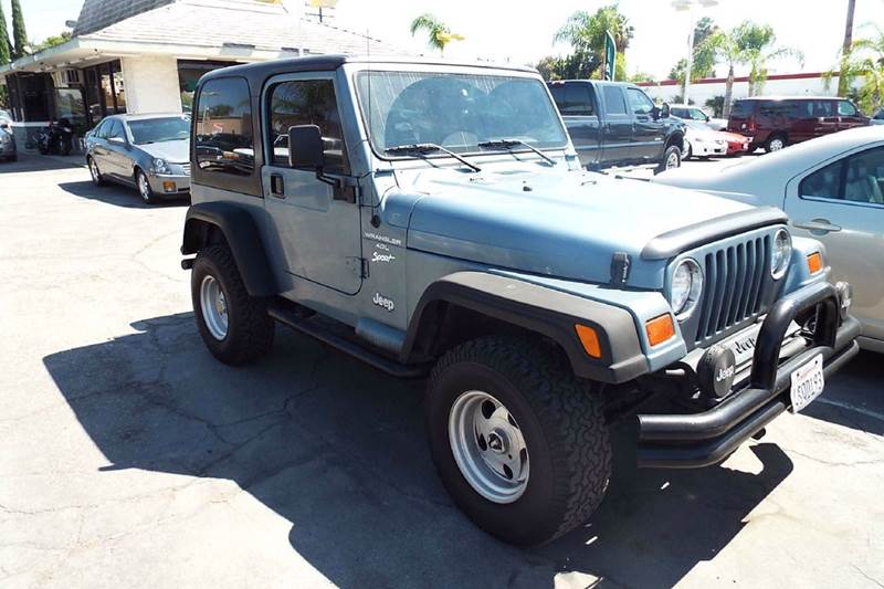 1998 JEEP WRANGLER SPORT 2DR 4WD SUV blue front and rear tube bumpers hard top with full locking