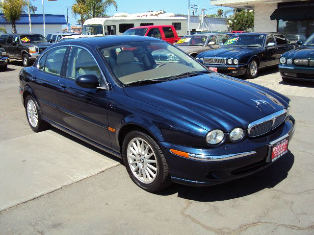 2007 JAGUAR X-TYPE 30 SEDAN blue clean carfax no accidents this is a fully loaded all wheel drive
