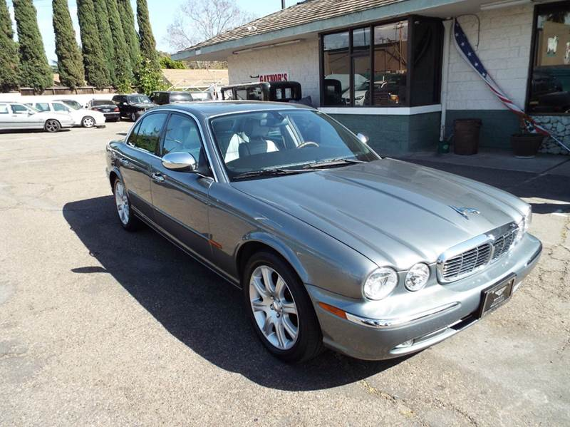 2004 JAGUAR XJ-SERIES VANDEN PLAS 4DR SEDAN gun metal grey this is a rare condition 2004 jx8 vand