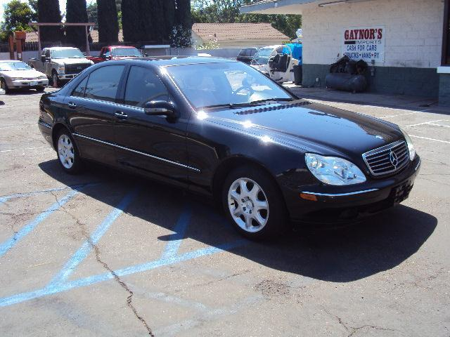 2000 MERCEDES-BENZ S-CLASS S430 black gaynors imports is  family owned and operated  in orange co