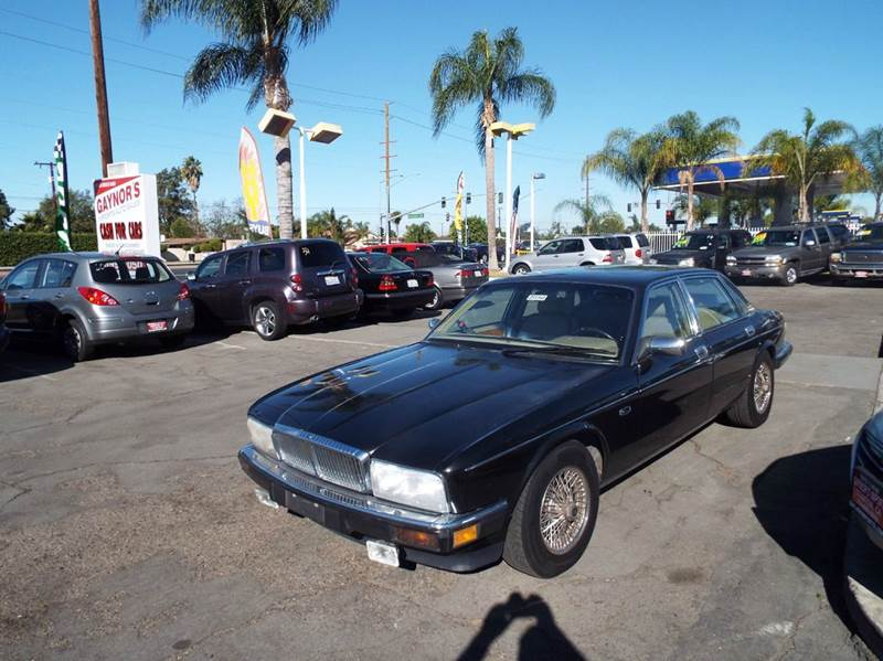 1992 JAGUAR XJ-SERIES XJ6 VANDEN PLAS 4DR SEDAN black one owner runs and looks good  abs - 4-whe