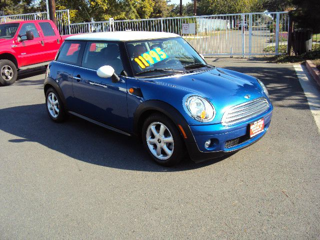 2008 MINI COOPER BASE blue abs brakesair conditioningalloy wheelsamfm radioanti-brake system