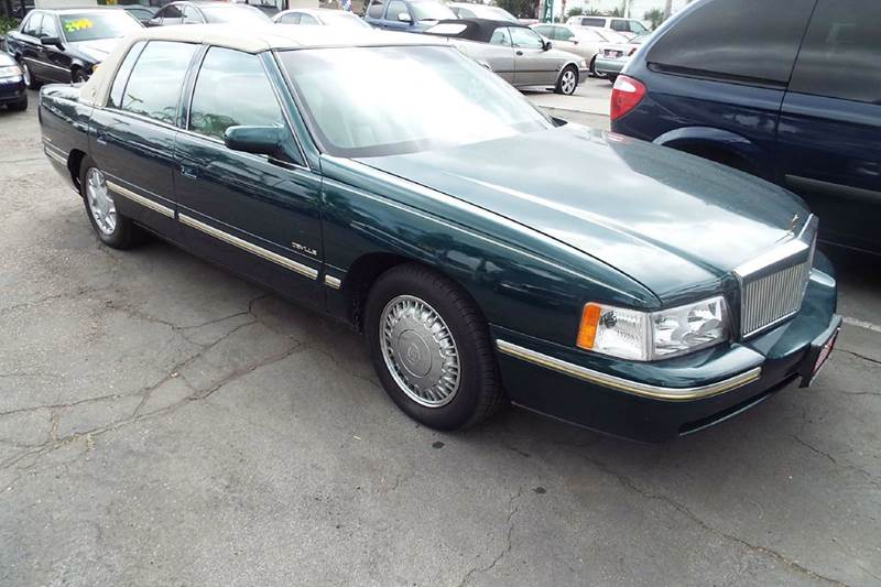 1998 CADILLAC DEVILLE DELEGANCE 4DR SEDAN met green abs - 4-wheel air suspension - rear antenn