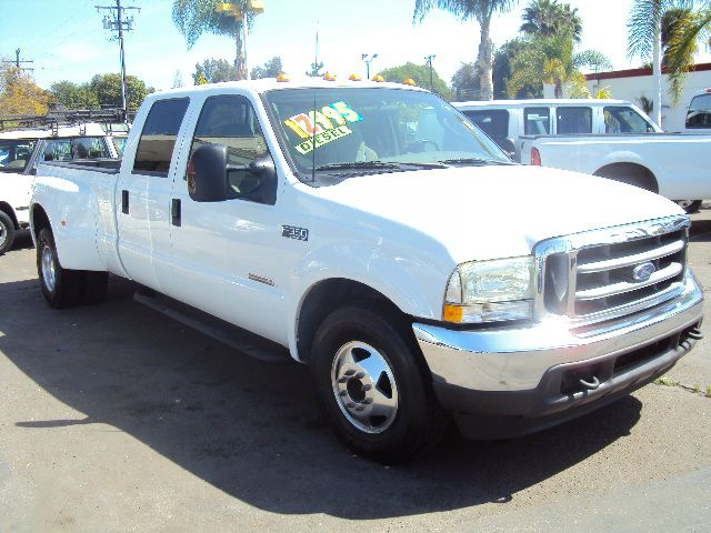 2003 FORD F-350 TURBO DIESEL XLT CREW CAB LONG BED 2WD DRW white abs brakesair conditioningalloy