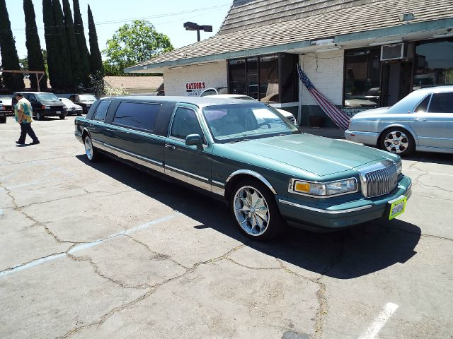 1996 Lincoln Town Car for sale in Stanton CA