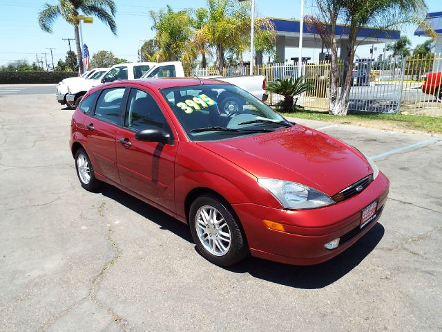 2003 FORD FOCUS ZX5 4DR HATCHBACK red 15 inch wheels alloy wheels center console clock exterio