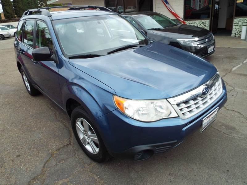 2011 SUBARU FORESTER 25X AWD 4DR WAGON 4A blue this is a subaru all ready for your cross country