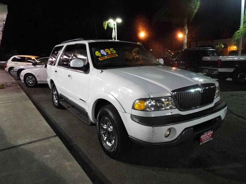 1999 LINCOLN NAVIGATOR BASE 4DR 4WD SUV white abs - 4-wheel adjustable pedals - power air suspe
