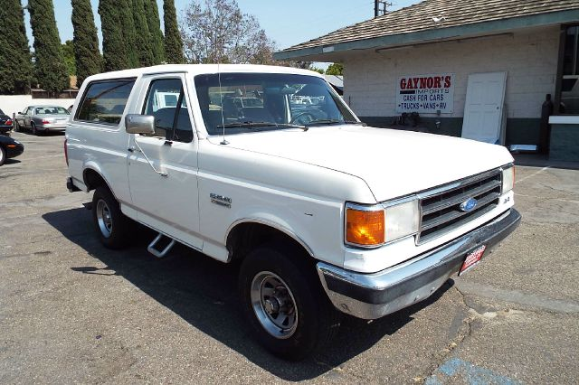 1991 FORD BRONCO XLT 2DR 4WD SUV white 1991 ford bronco xlt 58 liter fuel injection automatic ov