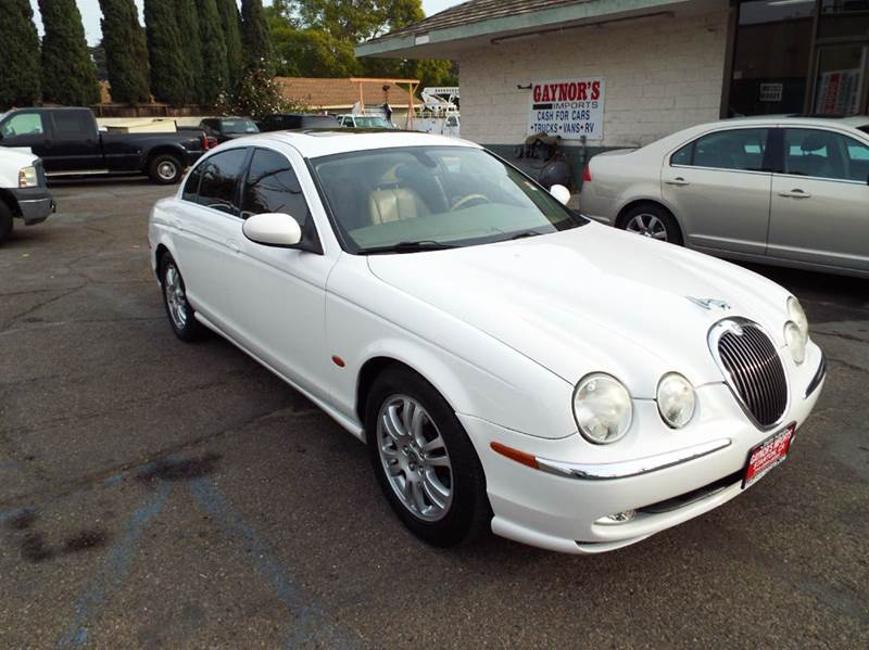 2003 JAGUAR S-TYPE 42 4DR SEDAN white abs - 4-wheel adjustable pedals - power anti-theft syste