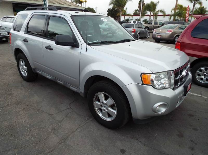 2009 FORD ESCAPE XLT 4DR SUV V6 silver 6 cylinder automatic a great family vehicle 2-stage unlock