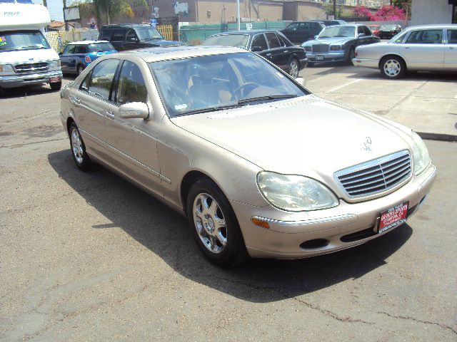 2001 MERCEDES-BENZ S-CLASS S500 gold 110921 miles VIN wdbng75j41a184347