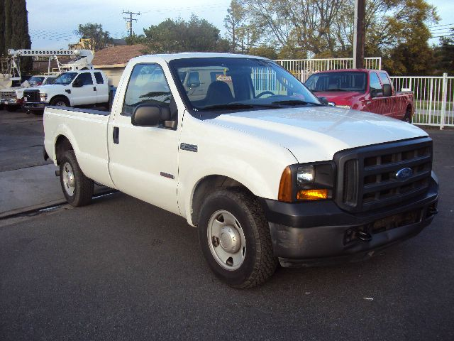 2007 FORD F-250 TURBO DIESEL XL 2WD white abs brakesair conditioningalloy wheelsamfm radioant