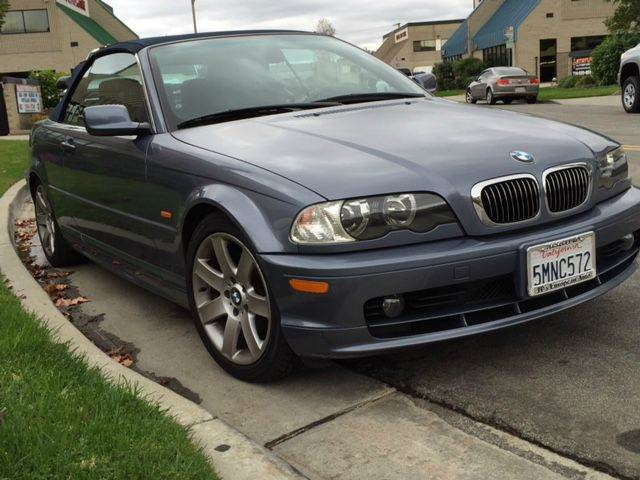 2002 BMW 3 SERIES 325CI 2DR CONVERTIBLE blue this is a well taken care of car with low miles would