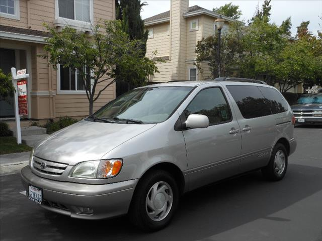Used 2003 Toyota Sienna For Sale Carsforsale Com