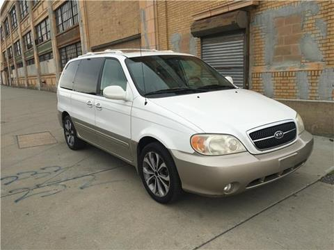 2005 Kia Sedona for sale in Newark, NJ