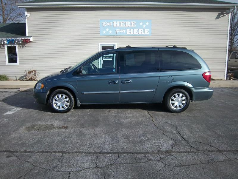2006 chrysler town and country touring 4dr extended mini van in greenville il dave 39 s. Black Bedroom Furniture Sets. Home Design Ideas