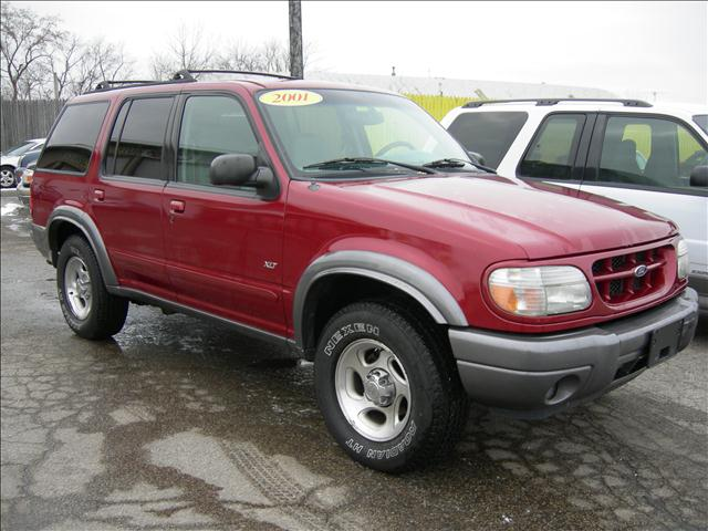 2001 Ford Explorer XLT 4WD - Lake Villa IL