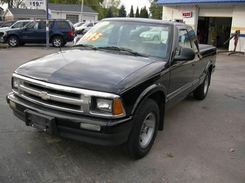 1995 Chevrolet S-10 for sale in Ingleside, IL