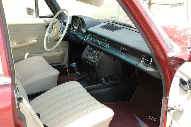 1969 Mercedes-Benz 230